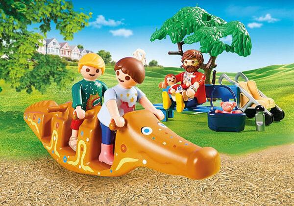 Διασκέδαση στην παιδική χαρά