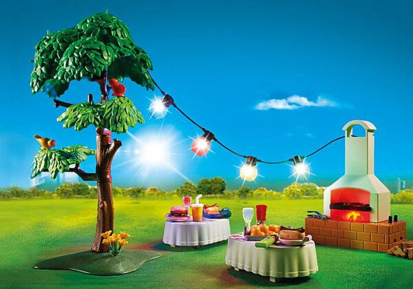 Πάρτυ στον κήπο με barbecue 1